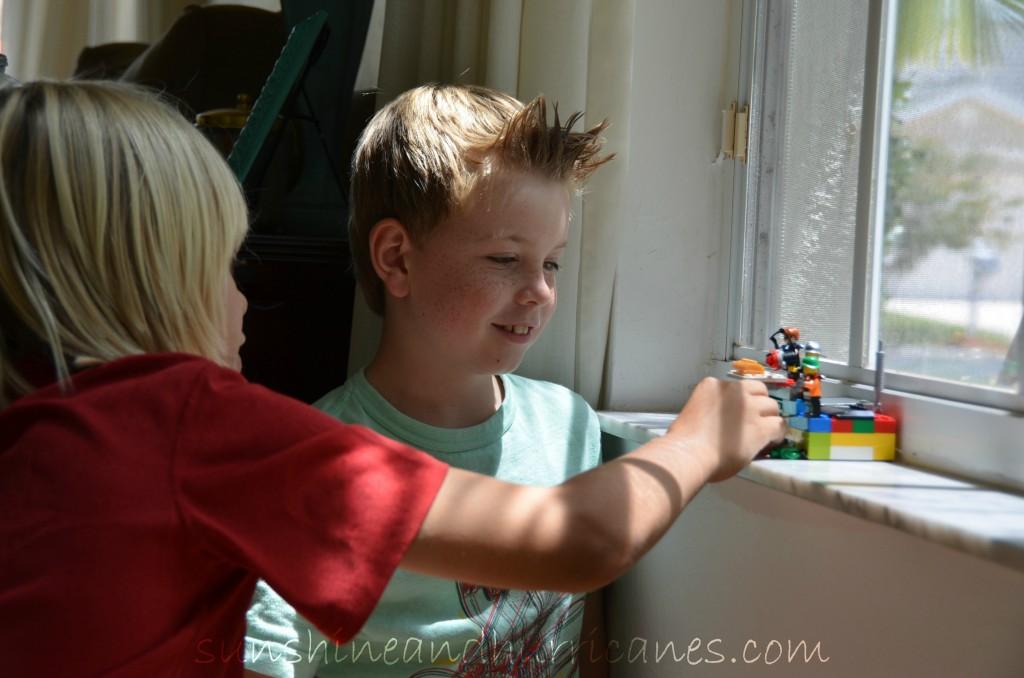 Lego Challenge at sunshineandhurricanes.com Lego Camp