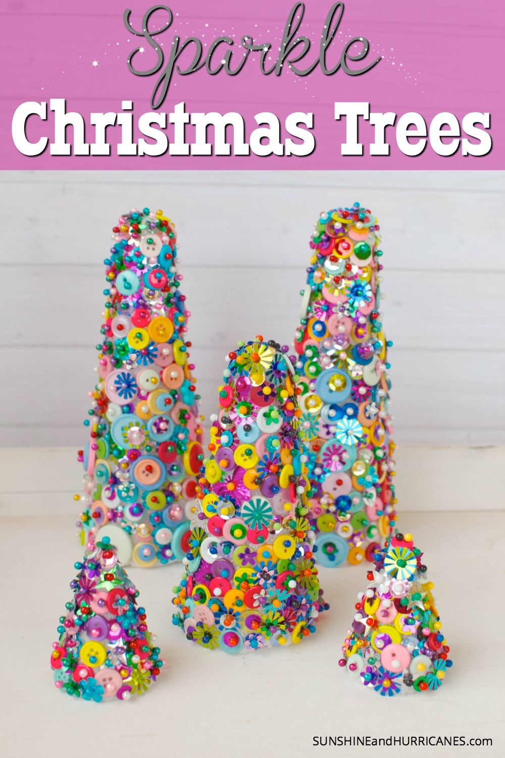A super simple holiday craft that really sparkles. These Sparkle Christmas trees are fun and easy to make and will keep your kids busy for a crazy amount of time. So pretty, they're a craft you're actually want to display. SunshineandHurricanes.com