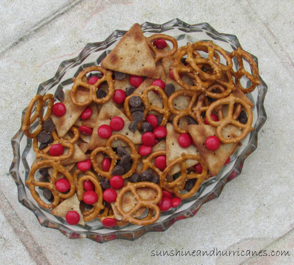 Rudolph's Snack Mix