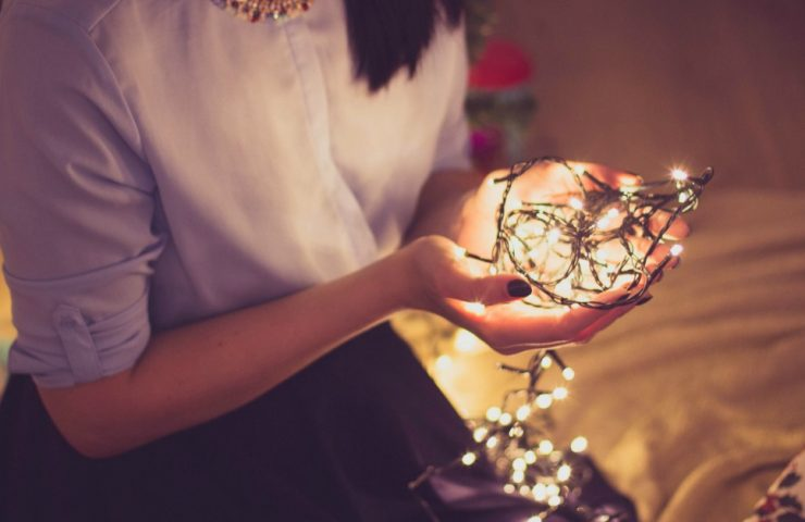 5 Ways To Rediscover Your Holiday Joy and Wonder