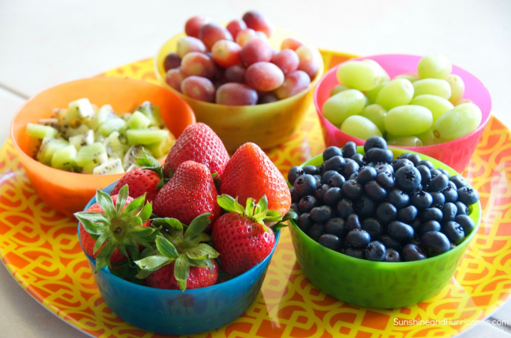Fruit and Cracker Pizzas