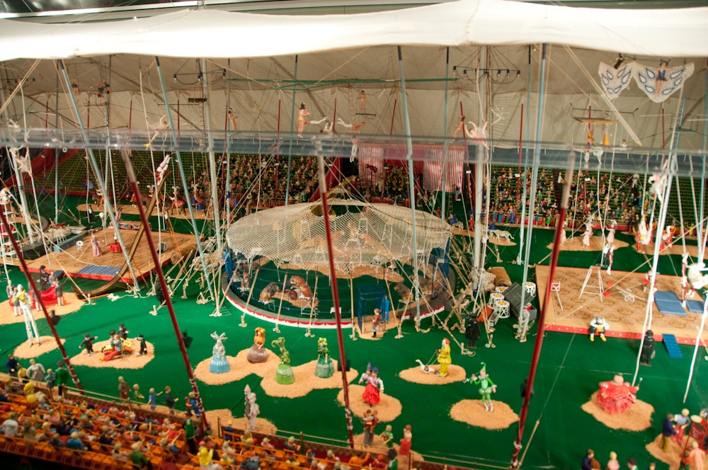 Florida Family Travel Sarasota The Ringling Museum Miniature Circus. SunshineandHurricanes.com