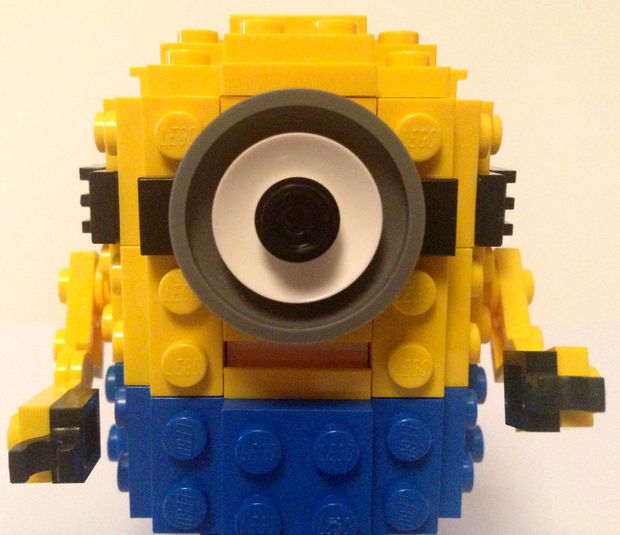 Minion Lego Assembly Tutorail from Instructables