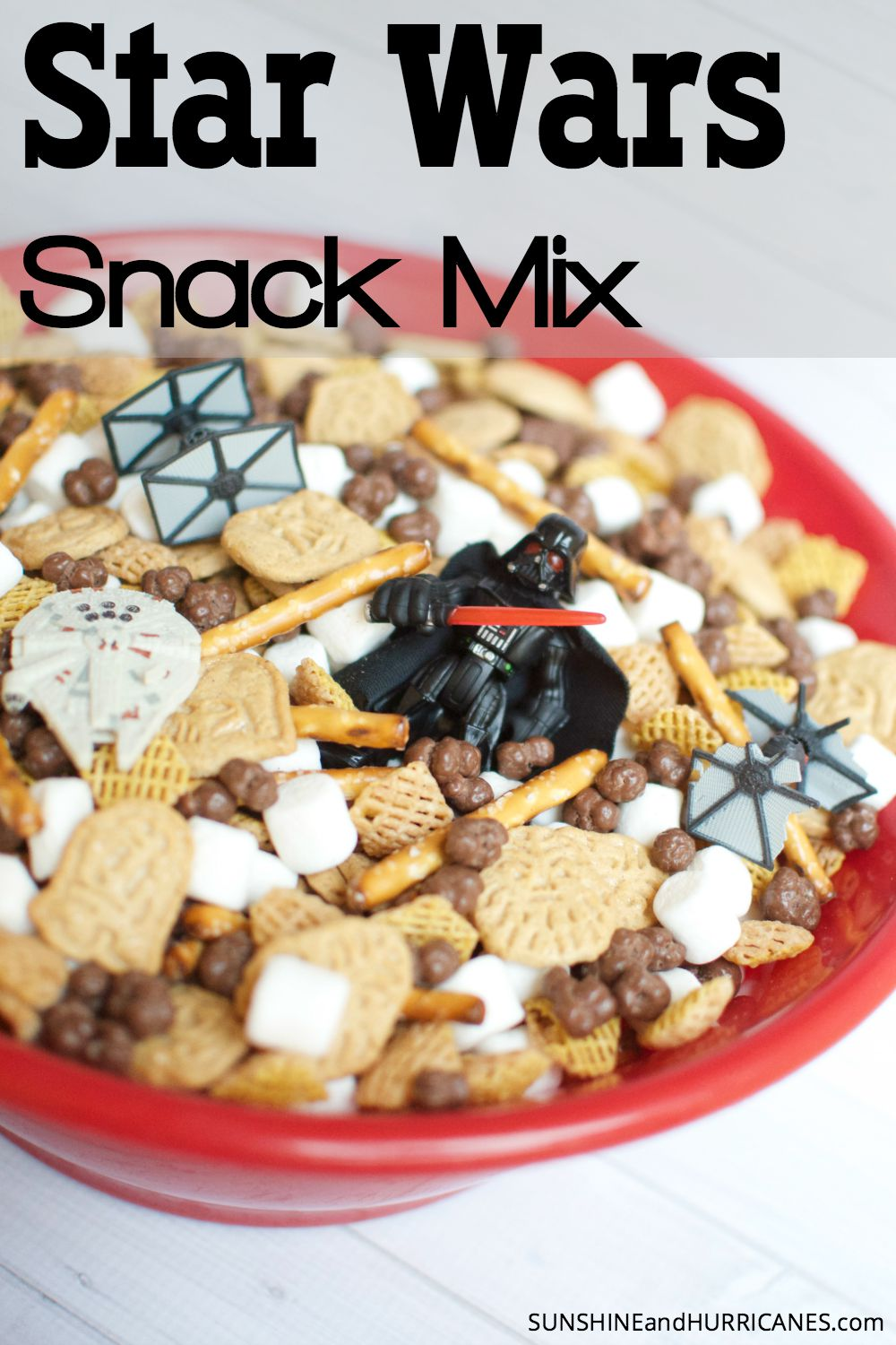 Liven up your family movie night with our Star Wars Snack Mix, jedis, stormtroopers, and ewoks will love this special food!