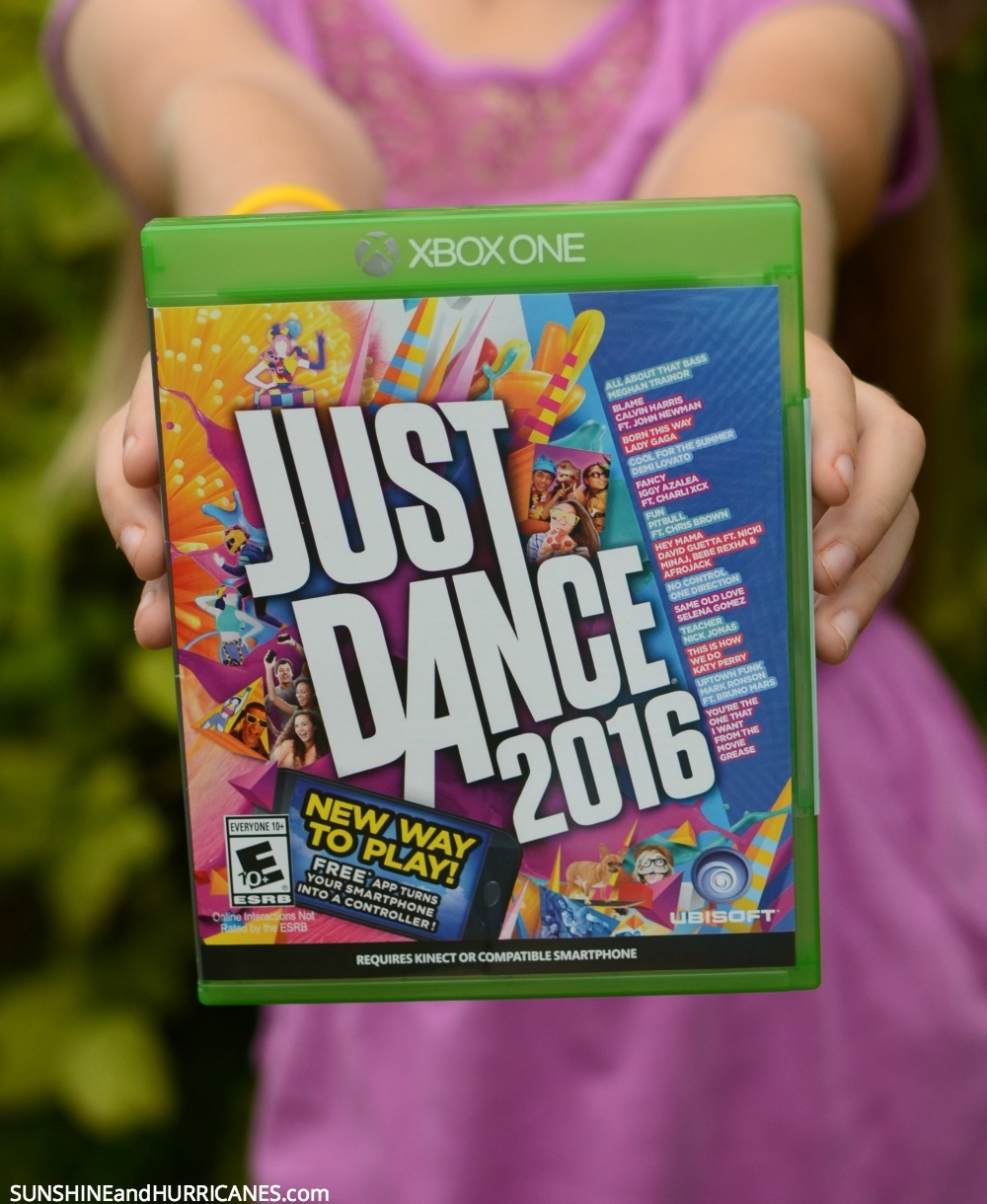 Family Dance Party - Easy Ways to Have Fun with Your Kids.  Just Dance 2016.