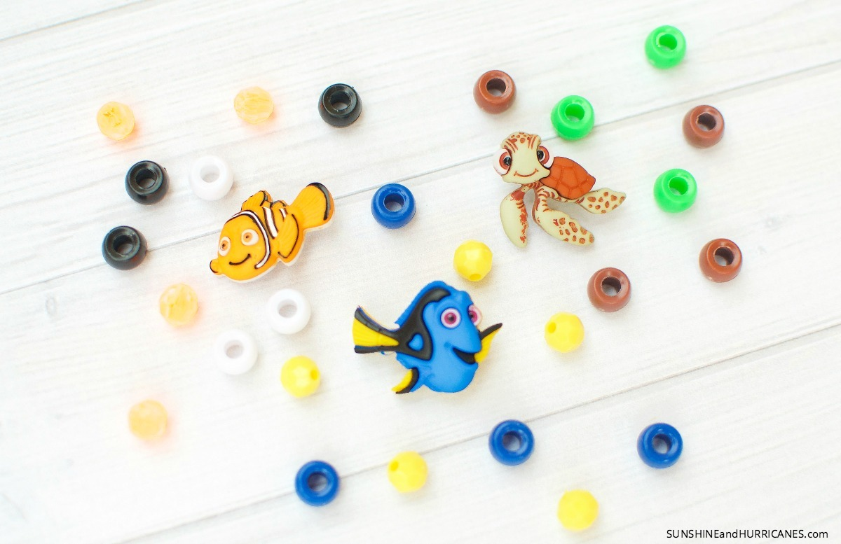 These cute Finding Dory charms can be used with matching beads to make cute themed bracelets for a Finding Dory Birthday Party or just a rainy day activity. Finding Dory Bracelets. SunshineandHurricanes.com
