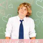 Looking for a little token of affection to give the teen boy in your life this Valentine's Day. From Sweet to Silly, these Valentine Gifts for Teen Boys have an idea that even the hardest to buy for boy is sure to love.
