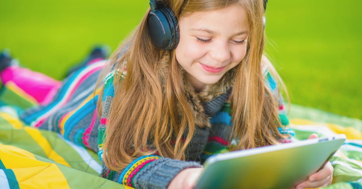 The Best Ted Talks for Kids. Use their love for technology to open their minds, broaden their horizons and light up their imaginations. Screen time can be learning time.