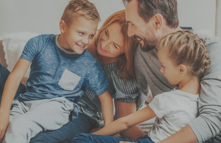 5 Easy Ways To Connect With Your Kids When You Don't Have Time For Family Dinner